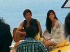 hrithik roshan and katrina kaif film bang bang: stars caught on camera during greek shoot of their upcoming action-comedy bang bang
